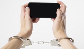 몰래 '찰칵', 불법촬영은 범죄입니다